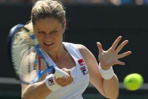 Kim Clijstersová vyradila v atraktívnom súboji krajanku Justine Heninovú.