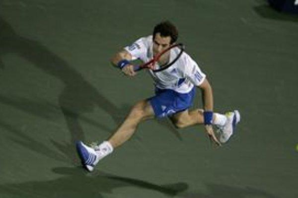 Andy Murray je svetovou štvorkou. Britský tenis však okrem neho nemá iného konkurencieschopného hráča.