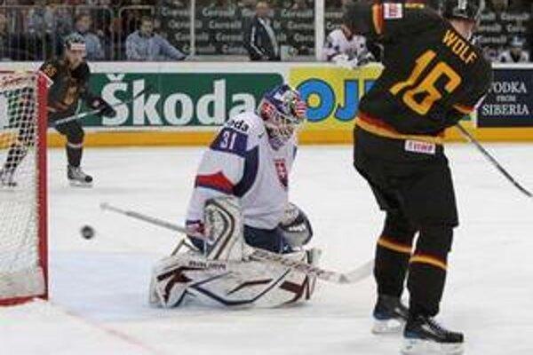 Peter Budaj chytal aj na majstrovstvách sveta.