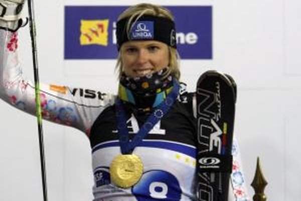 Veronika Zuzulová