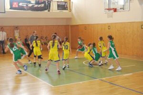 Mladé basketbalistky BK Nové Mesto nad Váhom sa prebojovali do slovenského finále.