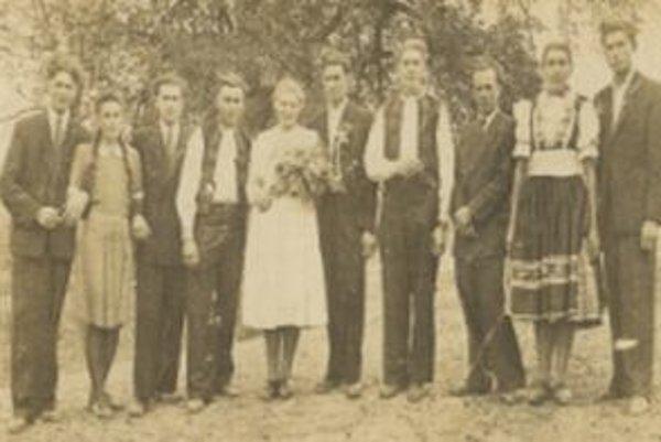 Svadba v Drietome v polovici dvadsiatych rokoch minulého storočia.
