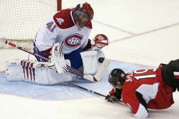 Jaroslav Halák si vďaka spoľahlivým výkonom počas celej sezóny vyslúžil v Montreale uznanie. Careyho Pricea pomaly vytláča z postu jednotky.