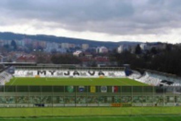 Návrh futbalového štadióna.