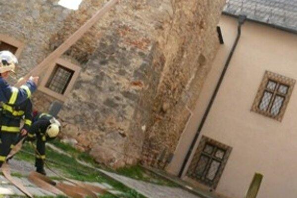 Hasičské cvičenie na Trenčianskom hrade robili pred tromi rokmi