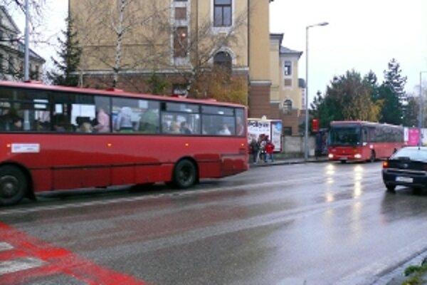 Pre šetrenie autobusy najazdia o tretinu menej kilometrov