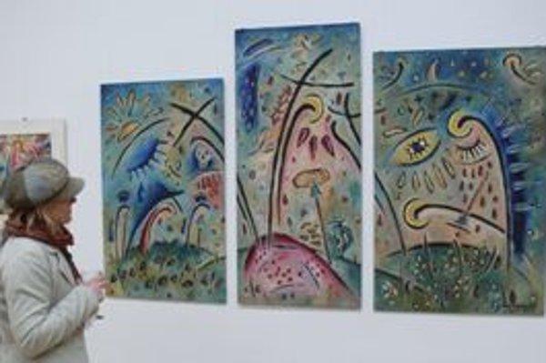 Jednej časti výstavy Jozefa Vydrnáka v Dubnici nad Váhom dominuje Triptych bolesti z roku 2000.