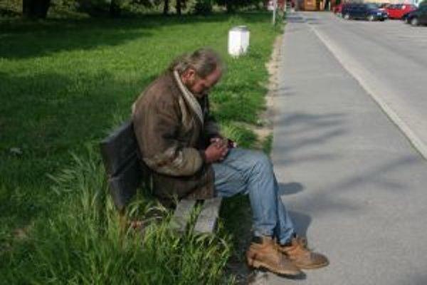 Bezdomovci v útulkoch nájdu prístrešie za symbolický poplatok.
