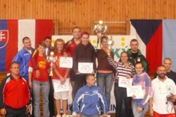 Spoločná fotografi a víťazov tímovej súťaže.