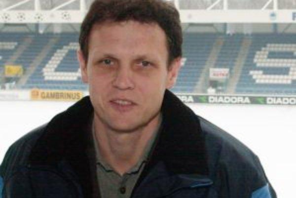 Stanislav Griga trénoval Trenčín v rokoch 1996 až 1998 a doviedol vtedy druholigovú Ozetu Dukla do najvyššej ligovej súťaže.