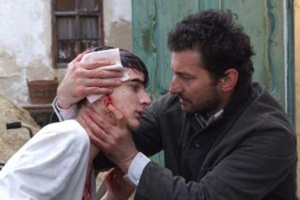 Ondřej Vetchý hral vo filme Martinovho otca.