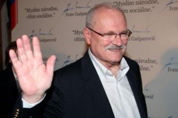 Ivan Gašparovič voličov v Trenčianskom kraji presvedčil viac ako ľudí v iných krajoch.