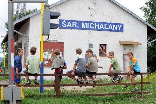 Deti dostanú rómskych spolužiakov.