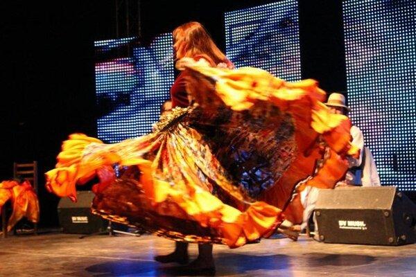 Atmosféra počas minuloročného omskeho festivalu International Gypsy Fest