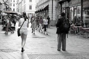 Bratislavské Staré mesto v horúcom leteNedeľné bratislavské korzo