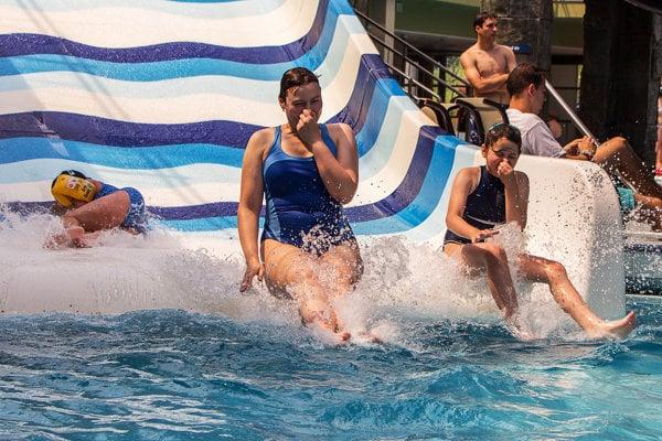 Najlepšie aquaparky ponúkajú rôzne atrakcie.