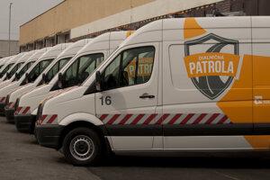 Autá Diaľničnej patroly.