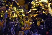 Kobe Bryant nastúpil na svoj posledný zápas v NBA.