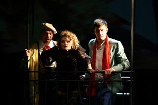 Pavol Remenár (Figaro), Jana Kurucová (Rosina), Juraj Hollý (Almaviva).