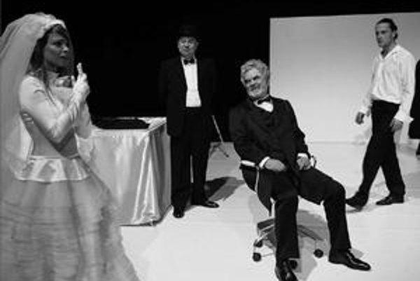 Nadčasové Tango vo verzii Martinského komorného divadla.