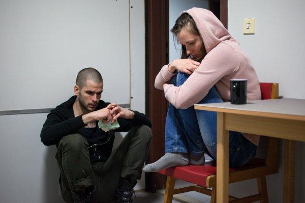 Noël Czuczor a Rebeka Poláková vo filme Petra Bebjaka Čistič.