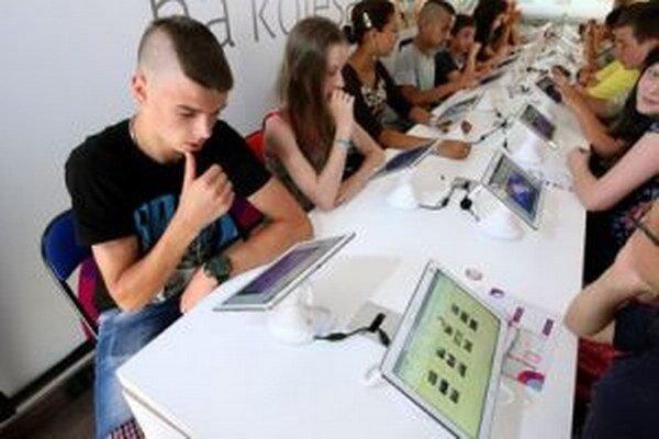 Žiaci budú mať v celej škole k dispozícii bezplatnú WiFi.