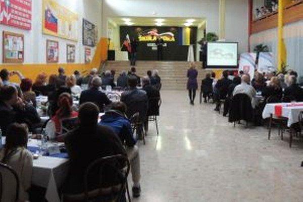 Výsledky súťaže Škola roka vyhlásili v Žiari nad Hronom.