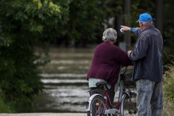 Výstraha pred povodňami platí aj pre náš región. Hladiny tokov môžu stúpať.