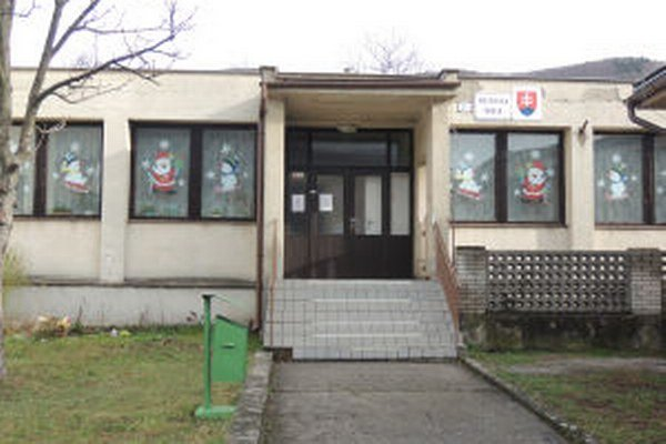 V nadstavbe škôlky plánuje obec byty.