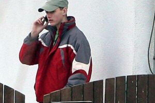 V Kozelníku medzi kopcami trvá problém s mobilným signálom roky.