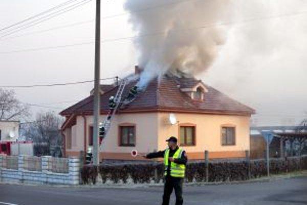 Požiar rodinného domu v Žarnovici.