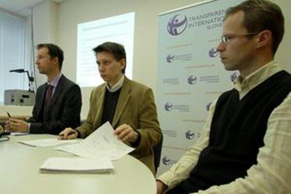 Transparency International Slovensko uskutočňuje v týchto dňoch audit v Žiari. Má z neho urobiť transparentnejšie mesto.