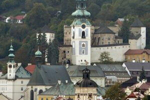 Vežové hodiny Starého zámku sú v zlom stave.