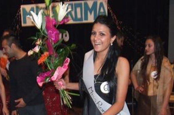 Najkrajšou Rómkou je Natália Rigová z Prievidze.