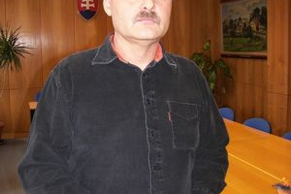Prezident hokejového klubu Ján Víťazka o pomoc pri splatení dlhu požiadal mesto a MŠK.