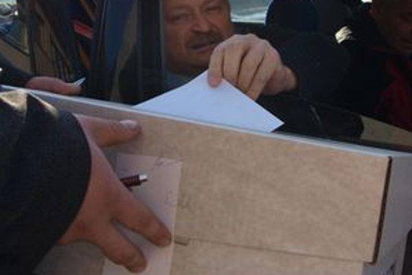 Volieb v Kosoríne sa zúčastnilo 241 z 357 oprávnených voličov. Platných hlasov bolo 236.