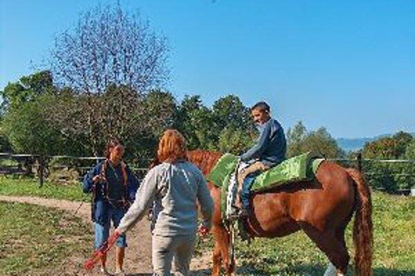 Deti sa koníkov nezľakli