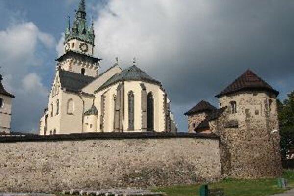 Európsky organový festival sa koná v Kostole sv.Kataríny, ktorý je súčasťou hradného areálu