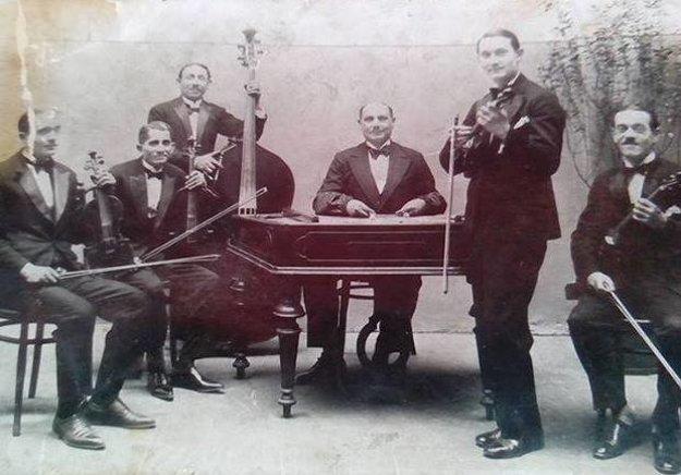 Prastrýko prezývaný Lulu Tibor Hady bol cimbalista.