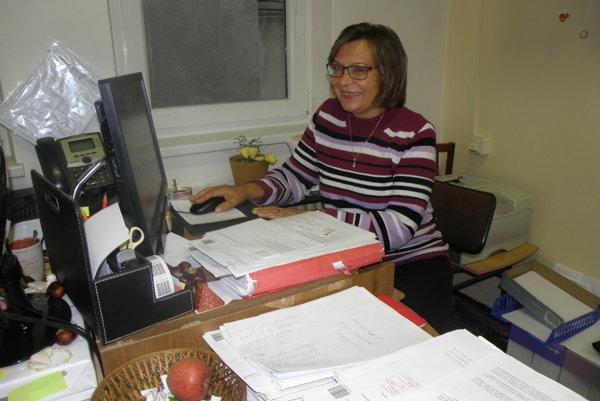 Eva Zedeková pracuje aj v kancelárii, no predovšetkým v teréne.