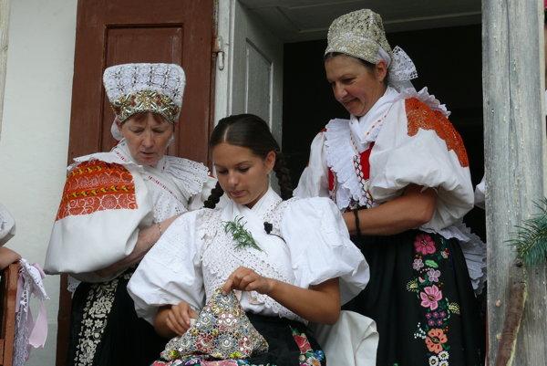 Tradičná svadba v Hriňovej.