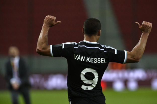 Gino Van Kessel sa za dôveru trénerovi odvďačil dvomi gólmi.