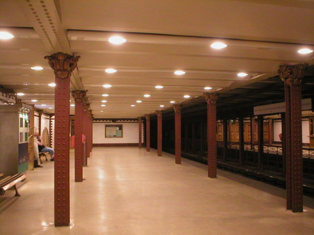 Jedna z historických staníc linky M1 budapeštianskeho metra.
