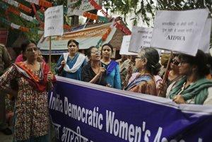 Do ulíc Naí Dillí vyšli protestujúci.