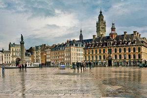 Historické Veľké námestie v Lille.