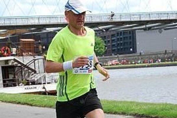 Dušan Sopúch zabehol maratón prvýkrát pod tri hodiny.