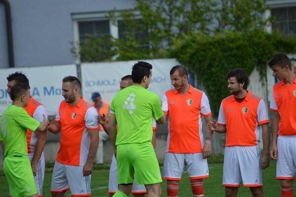 Stankovce v dôležitom zápase remizovali s Prečínom.