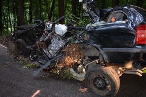 Akou rýchlosťou išlo auto v čase nehody zistia až znalci.