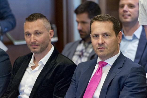 Ľubomír Višňovský (vľavo) a Martin Kohút (vpravo).