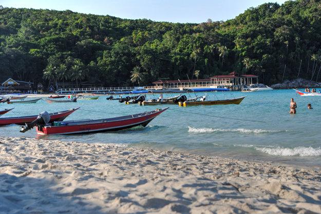 V exotickej Malajzii si možno užívať pláže aj dažďové pralesy.